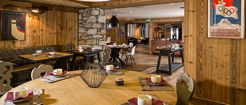 Hotel Kandahar restaurant (1)